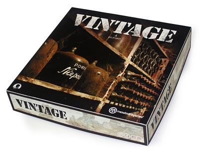 Vintage produzido em tabuleiro.